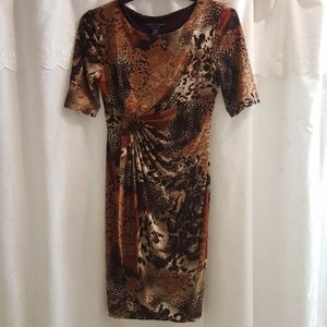 Connected patterned dress size 4P